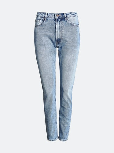 Spike Cone jeans. Front. Manequin. a7a680320cd1