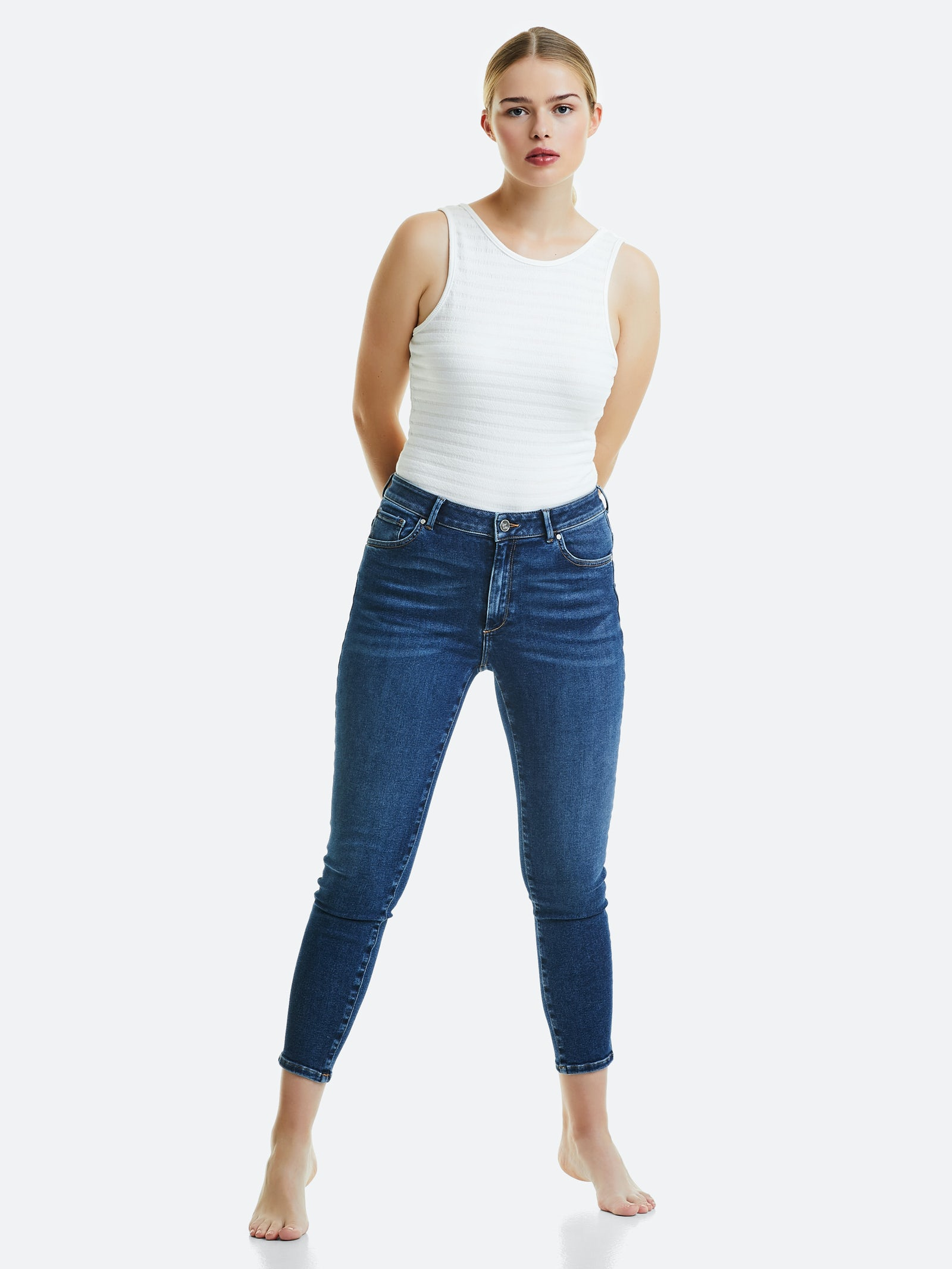 Higher Evo ankle jeans